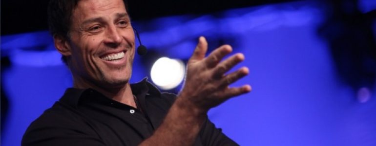 112 books recommended by Tony Robbins